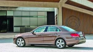 24 Mercedes_Classe_E
