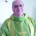 Padre afasta catequista que engravida namorada