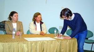 11 Assinatura de protocolo pela diretora do Agrupamento DR