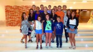 23 Sardet com crianças da Fundação