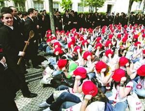 Praxes: Universidades e associações de estudantes mais atentas a eventuais abusos