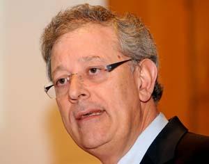 ALMEIDA HENRIQUES DR