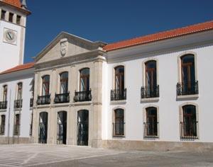 http://www.asbeiras.pt/wp-content/uploads/2014/02/camara-cantanhede-DR.jpg