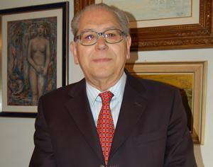 António Arnaut DR