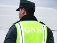 Detenção por posse de arma proibida em Foz Côa