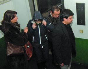 Advogada Mónica Quintela junto de Ana Saltão à saída do Tribunal de Instrução Criminal. ARQUIVO/CARLOS JORGE MONTEIRO