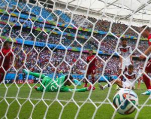 Lance do quarto golo alemão. FOTO CLIVE BRUNSKILL/GETTY IMAGES