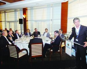 Pedro Machado, presidente da Turismo do  Centro, na sessão inaugural do forum. FOTO CARLOS JORGE MONTEIRO