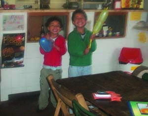 Bryan Lappin (à esquerda) faleceu no domingo. James Lappin continua internado no Pediátrico. FOTO DR