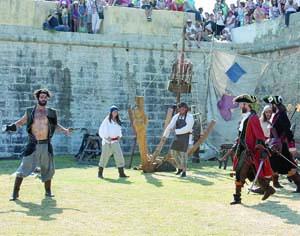 Festival tem como pano de fundo as muralhas de Buarcos. FOTO CLÁUDIA TRINDADE