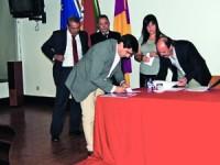 Protocolos foram assinados entre diversas entidades. FOTO JOANA SANTOS