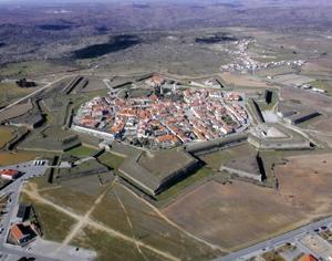 Vila de Almeida DR