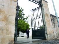 Presos esfaqueados nas cadeias de Coimbra e Leiria
