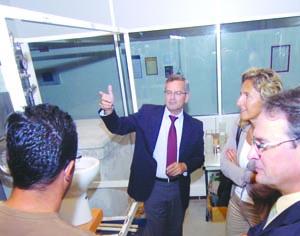 Centro de Conhecimento em Materiais para a Construção Sustentável foi ontem visitado pela presidente da CCDRC. FOTO CARLOS JORGE MONTEIRO