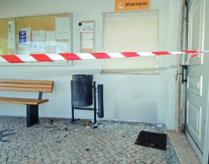 São visíveis os indícios de destruição no exterior, mas no interior os efeitos da explosão foram devastadores. FOTO DB/CARLOS JORGE MONTEIRO