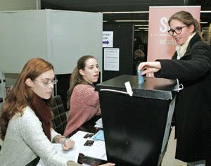 Realização de segunda volta nas eleições da AAC dependente dos resultados dos votos em envelope