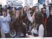 Coimbra não compareceu na manifestação de estudantes em frente ao Parlamento