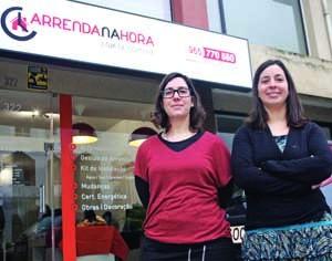 Catarina Varandas e Francisca Rebocho receberam ontem os convidados para a inauguração. FOTO DB/LUÍS CARREGÃ