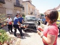 Violento embate de jipe contra a International House de Coimbra