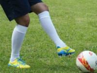 Trinta e dois futebolistas em situação irregular notificados a sair do país