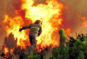 Risco 'Muito Elevado' de incêndio em 27 concelhos