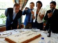 Em dia de aniversário Passos Coelho convida portugueses a não sair mais do país