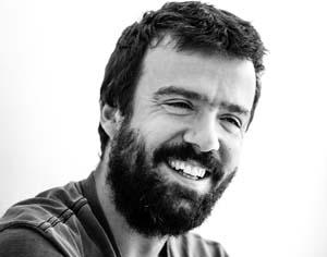 Forum Coimbra apresenta Miguel Araújo em concerto