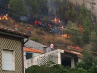 Casas ameaçadas em Semide, no concelho de Miranda do Corvo (atualização)