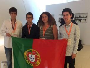 Ministério felicita aluno de escola de Aveiro por medalha nas Olimpíadas de Química