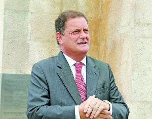 ARQUIVO CLÁUDIA TRINDADE