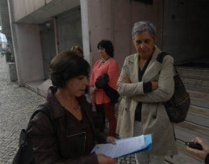 Anabela Sotaia e Celeste Duarte entregaram ação administrativa no tribunal de Coimbra