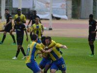A Académica perdeu fora por 2-1 com o União da Madeira