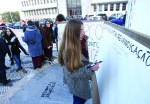 AAC exige propina zero em Dia do Estudante