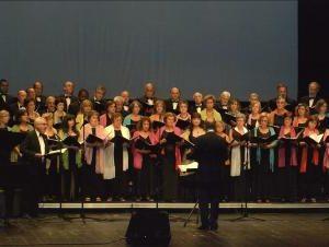 Choral Poliphonico atua na Igreja de Santa Cruz