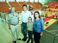 Associação Olhar 21 promove basquetebol inclusivo agradece a mentor do projeto