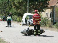 Mulher perdeu a vida numa colisão entre carrinha e motociclo