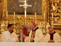 Cerca de 300 fiéis na celebração do Domingo de Páscoa na Sé Nova de Coimbra