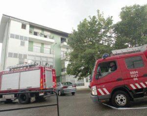 Incêndio em prédio de Coimbra faz quatro desalojados