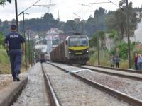 Mulher colhida por comboio na passagem de nível da Espadaneira