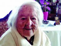 Gabriela celebrou 107 anos, sorridente e sem tomar medicamentos