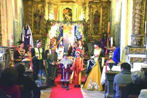Presépio vivo em Pereira na angariação de verbas para obras  na igreja