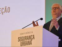 """Governo diz que transferência de competências está a ser """"um notável sucesso"""""""