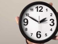 Parlamento Europeu vota a favor da abolição da mudança de hora mas só em 2021