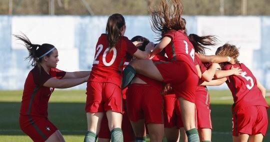 Portugal no Europeu feminino de sub-17 ao bater França