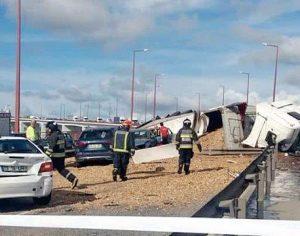 Trânsito em zona de acidente na Ponte da Figueira da Foz foi restabelecido mas alternadamente