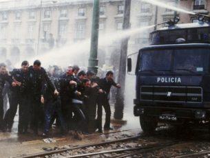 """Comemoram-se amanhã 30 anos da manifestação de polícias """"secos e molhados"""""""