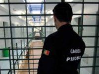 Guardas prisionais em greve desde hoje até terça-feira