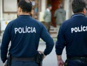Condutor tenta atropelar agentes da PSP de Coimbra