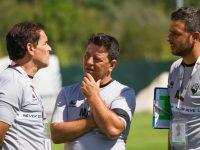 Miguel Carvalho é quem orienta o treino da Briosa