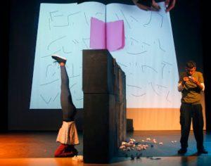Marionet celebra 20 anos e regressa à sua primeira peça de tema científico